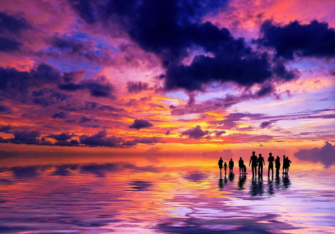 The stunning purple skies of Bali.